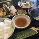 千円の大満足和食ランチ!清水寺や八坂の塔近くの穴場和食店「かぶらや」