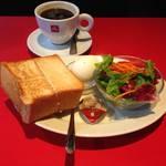 【京都駅】イタリアンカフェでサクッとトーストモーニング「Espressamente illy 京都店(エスプレッサメンテ イリー)」
