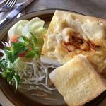 京都の老舗カフェレストラン|とろとろチーズのパングラタン「ジュネス」【北白川カフェ】