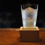 三条河原町にあるノーチャージの大人バー!オリジナルカクテルが美味しい「THE BAR」