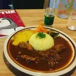 【新店】京町家でスパイスカレーを食べながら読書三隠れ昧のまったり空間!昭和テイストの路地奥の家カフェ「サボ」【京都市役所スグ】