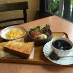 【真心キッチン】老舗洋食店でふわふわ卵モーニング★ビラ【西陣カフェ】