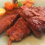 """全国の肉好きが絶賛する""""極上肉""""は京都にあり!日本一とも評される「くいしんぼー山中」"""