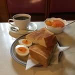 【京都老舗喫茶モーニング】厚切りトーストと人情空間*BOA(ボア)【御所南】