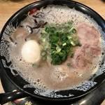 世界で人気の豚骨ラーメンを京都で!まろやかでクリーミー「博多一幸舎」
