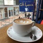 京都|まさに繁華街のエアポケット☆caffe lucca(カフェルッカ)《新京極》