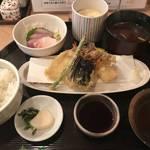 お造り付きの美味しい天ぷら定食が1080円!四条烏丸の「有旬菜 天ぷら 有馬」