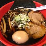 新福菜館もビックリの真っ黒スープ!京都で富山ブラックを「麺屋いろは」
