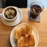 映画にでてきそうないにしえ喫茶★トースト Meets カレー★「菊しんコーヒー」【東山安井】