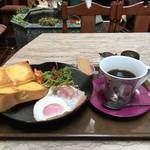 【京都マイナー喫茶店巡り】知る人ぞ知る癒しの楽園カフェ★珈琲の木【油小路下立売】