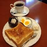 京都おすすめモーニング!コーヒーゼリーは必食★「ケーキとあっくん」【三条会商店街】
