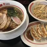 中華そば・焼飯・餃子の腹パンセット790円がお得な「幸楽苑」京都では2店舗のみの出店!
