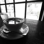京都カフェ文化的にはもはや老舗「かもがわカフェ」☆何気ない日常感が格好良過ぎ【荒神口】