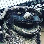 【京都珍百景】来年は戌年!『笑う狛犬』で福を呼ぶ!!年賀状活用で最近人気スポット★「下御霊神社」