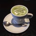 体の芯からほっこり温まる酒粕入り抹茶ドリンク★月のとき【伏見カフェ】