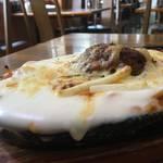 冬に食べたいアツアツB級グルメ★鉄板ハンバーグスパゲティグラタン★「里(さと)」【七条東山】