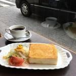 祇園 花見小路に佇むノスタルジックな喫茶店*「NOEN(ノウエン)」【京都カフェ】