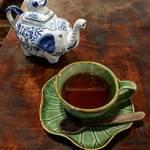 京都にいながらアジアンリゾート★南国タイランドティーを「カフェ バリガシ」【北山】