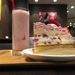老舗青果店が営むフルーツカフェでいちご三昧の幸福感*ARROW TREE 京都三条店 (アローツリー)