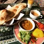 【京都ランチめぐり】外国人に人気のレストランにランクイン!ハラール対応のペルシャ&インド料理「アラシのキッチン」