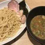 煮干しの風味がクセになる!三条木屋町エリアの煮干しラーメン店「麺屋 にぼ木屋」