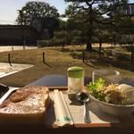 世界遺産「東寺」の境内で風光明媚なモーニング*喫茶やまぶき【京都】