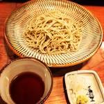 【京都ランチめぐり】注目スポット柳小路の隠れ家的名店!昼飲みが似合いすぎる本格手打ち蕎麦店「そば酒まつもと」