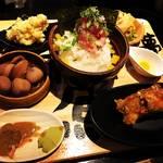 【京都ランチめぐり】オフィス街の究極の高コスパめし!名物の海鮮丼は味の七変化!!「夢処 漁師めし 雑魚や」