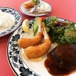 【京都ランチめぐり】創業60年の王道洋食ハンバーグ&エビフライ!味もますますグレイドアップ☆「グリル生研会館」