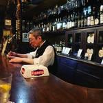 【京都バーめぐり】京都最古ともいえる歴史ある老舗バー!古き良き佇まいにうっとり☆「京都サンボア」