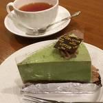 京都の老舗ティーカフェで絶品ケーキと紅茶三昧★「リプトン ティーハウス 四条店」