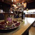 珈琲に携わって40年余☆たどり着いたのはココロ癒される優しい場所「自家焙煎珈琲 ガロ」【京都・西陣】