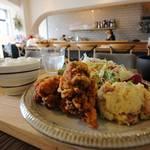 落ち着いた北欧インテリアでいただくガッツリランチ!(^ ^) Cafe & Bar Satonchi(サトんち)4/4オープン【二条城東】