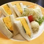 【京都モーニングめぐり】老舗珈琲店仕込みの正統派!7時からオープンで朝カレーもあり〼「やまもと喫茶」