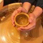 京都東山|京都らしい思い出を!お手軽ろくろ・陶芸体験「瑞光窯(ずいこうがま)京都清水店」