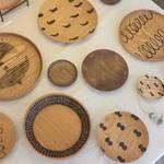 南山城の木工作家 宮内知子さんの個展「若葉屋」で開催中【5/6まで】