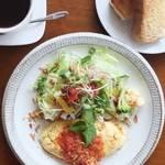 野菜たっぷりごはんがおいしい「食堂とカフェ pinnata(ピナータ)」【大将軍商店街】