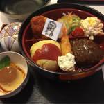 金閣寺近くの手作り食堂で味わう洋食メニュー「まんぷく食堂  きぬ」@金閣寺の巻っす
