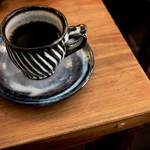 みんな癒されにやって来る☆街中のとまり木カフェ「鳥の木珈琲」【御所南】