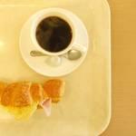 レトロなパン屋「樋口金松堂」で京都の日常に溶け込む