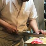 京都人が常用する良心的な割烹料理屋|新京極にひっそり佇む「割烹 蛸八(たこはち)」