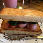 シンプルな味わいが最高!名物トースト「切通し進々堂」【祇園グルメ】