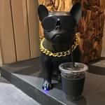 【NEW】サクッとTOGO!極上のスペシャリティコーヒースタンド「コーヒーベース カンオンドウ (COFFEE BASE KANONDO)」【四条烏丸】