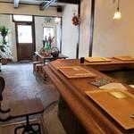 昭和喫茶を改装した日本酒カフェ「Sake cafe 楓(fu)」京阪中書島駅徒歩1分