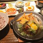 京都 河原町周辺でおばんざいランチならココ!メインも選べて雑穀米と自家製豆腐もおかわり可!「市場小路 寺町本店」