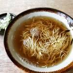 【京都ランチめぐり】名物『キーシマ』はシンプルイズベストな美味さ☆昭和レトロな蕎麦屋「やっこ」