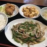 京都中華の名店「鳳舞」の流れを汲む伏見の大衆中華料理店「鳳麟(ほうりん)」