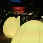 【京都】世界遺産でチームラボによる光のイベント「下鴨神社 糺の森の光の祭」開催中!