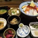 【京都】人気立ち飲み店すいばの5号店「旬ダイニング すいば」で週末限定の海鮮ランチ