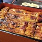 京都 上桂に佇む人気の江戸前うなぎ料理|山椒を使った白焼きも評判「うなぎ いっせい」